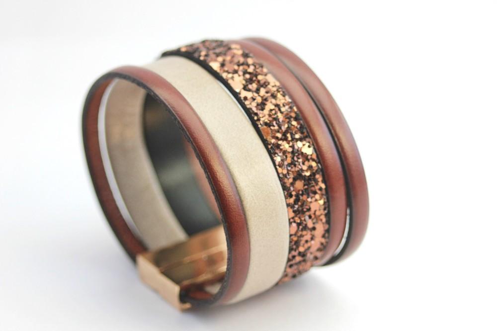 Bracelet manchette cuir paillette