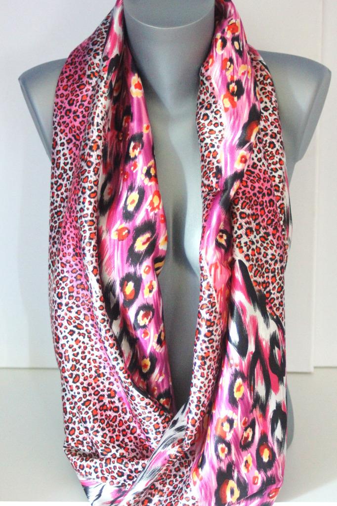 Foulard snood imprimé léopard noir et rose - emmafashionstyle.fr 5a37bad656c