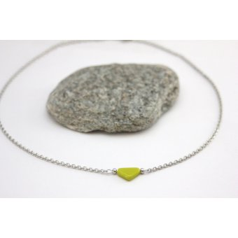 Collier acoier et triangle vert by EmmaFashionStyle