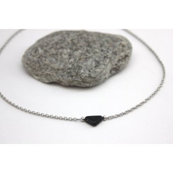 collier ethnique triangle noir by EmmaFashionStyle