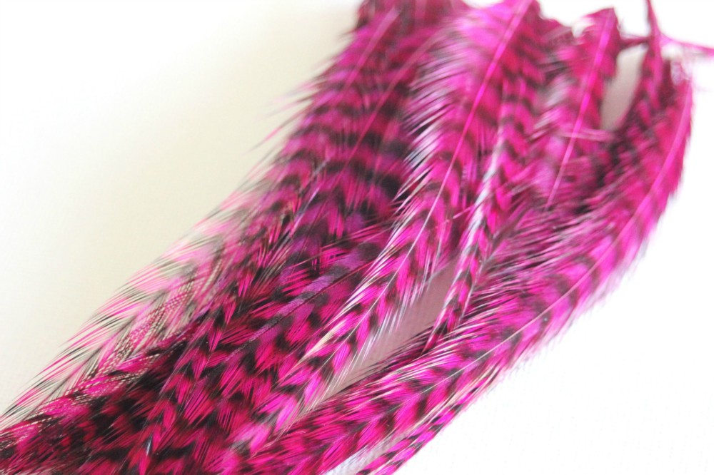 Plume de cheveux rose fushia grizzly 10 à 12 cm