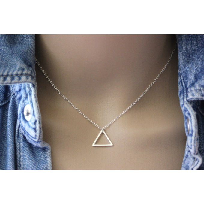 collier triangle en argent massif