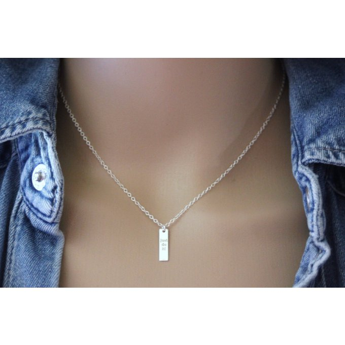 Collier argent médaille rectangle ~ Just do it ! ~