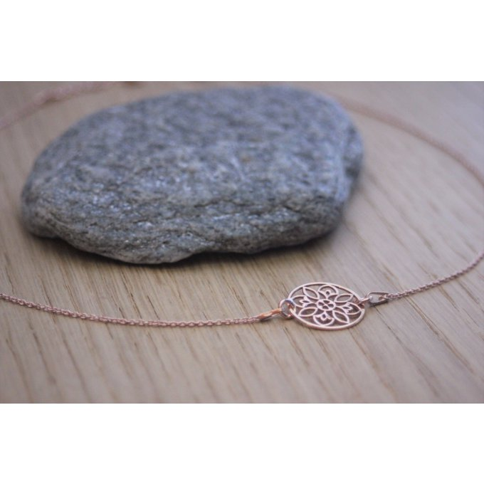 Collier or rose pendentif rosace - collier mandala
