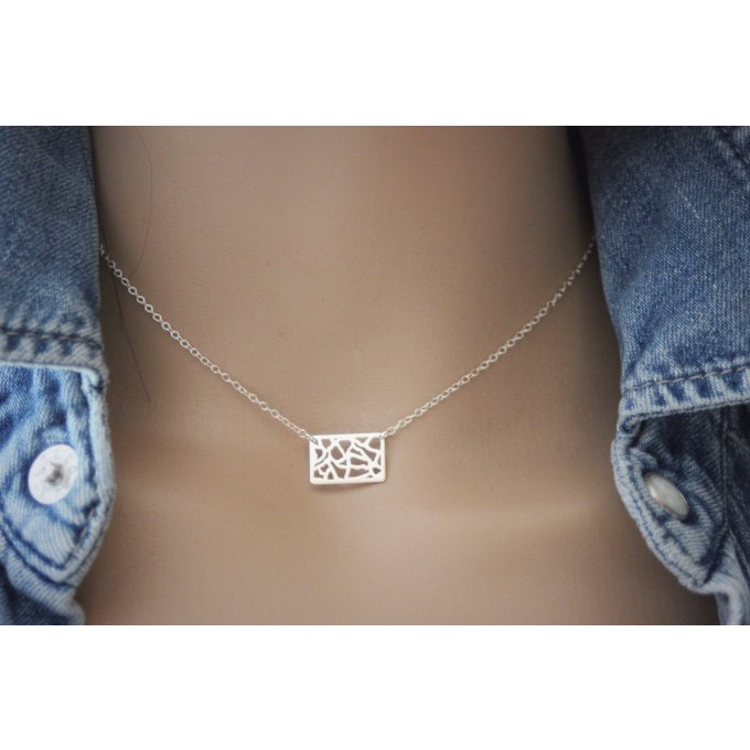Collier argent massif breloque rectangle ajouré