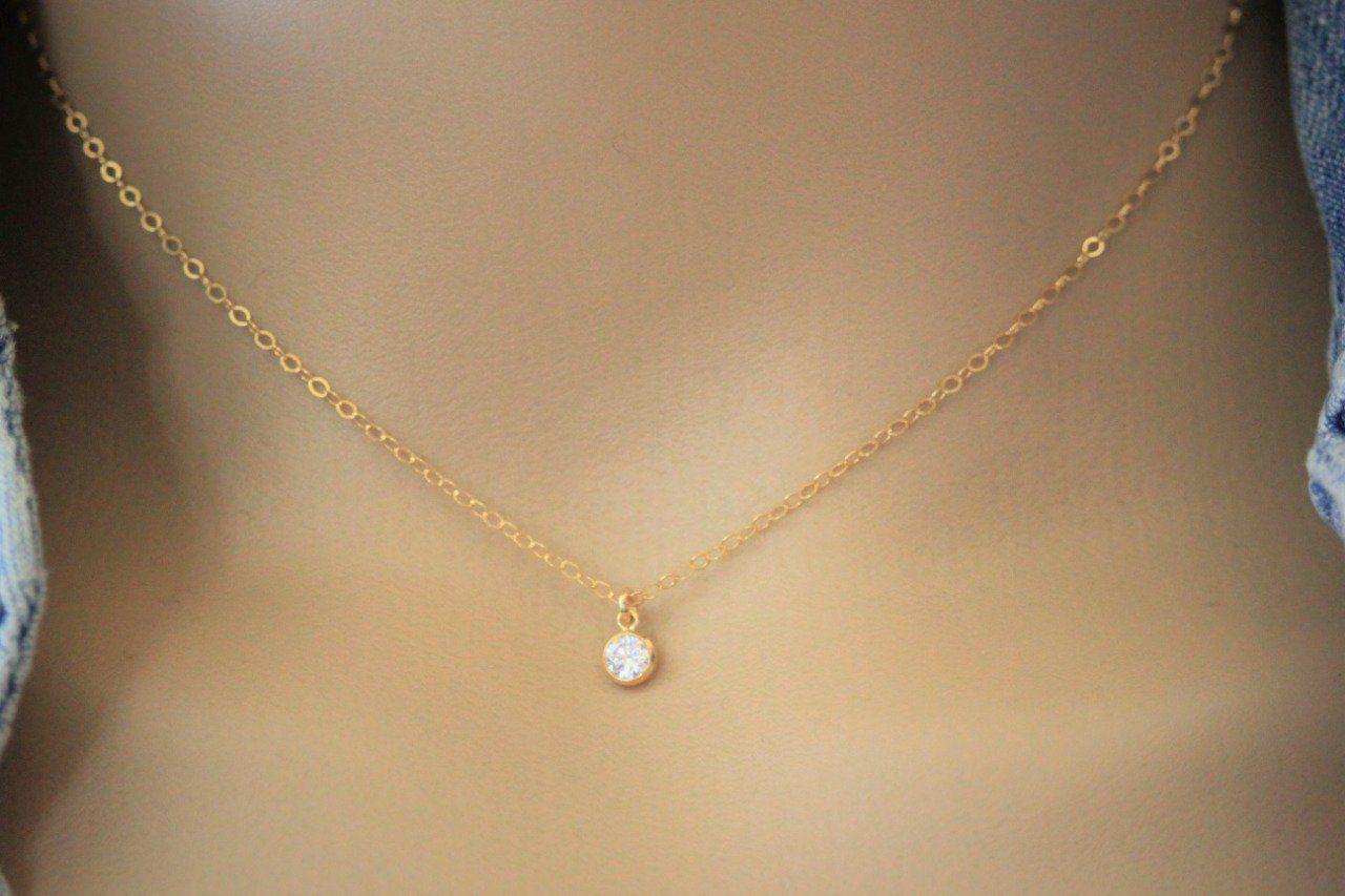 collier diamant ras du cou